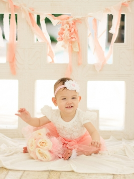 DIY cute baby girl photography