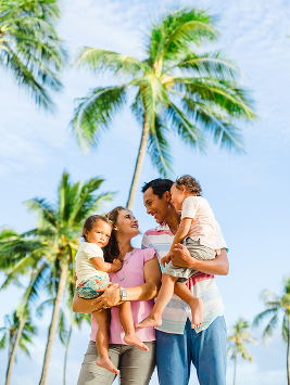 lifestyle family photo in oahu